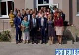 Министър Вълчев: Институциите трябва да работят заедно с родителите
