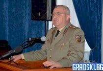 Българите трябва да се гордеят с армията си, заяви генерал Валери Цолов