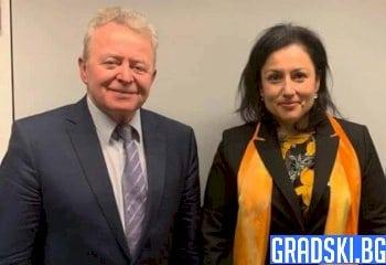 Десислава Танева и Януш Войчеховски се срещнаха в Брюксел