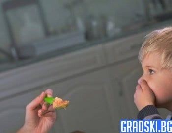 Как да възпитаме децата си при хранене
