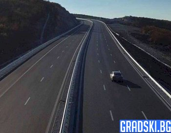 "Нови 9 километра от магистрала ""Хемус"" бяха пуснати между Ябланица и Боаза"