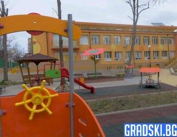 Ремонтите на детските градини в Искър завършват навреме