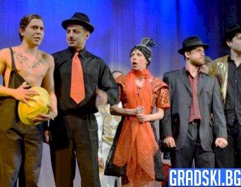 Участие на габровския куклен театър на международен фестивал