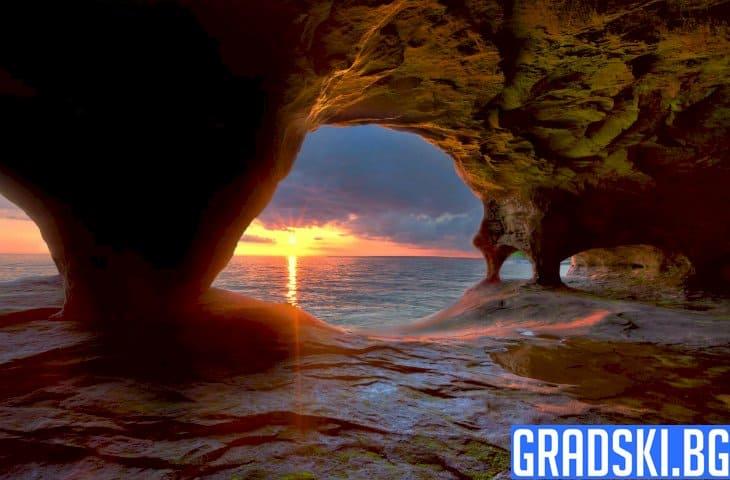 10 забележителни пещери