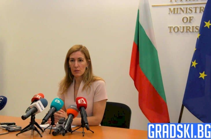 Според Николина Ангелкова са взети нужните мерки за защита на бизнеса и туристите