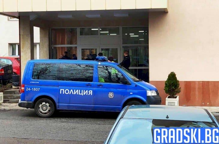 При неясни условия, мъж се самоуби в сградата на ДАНС